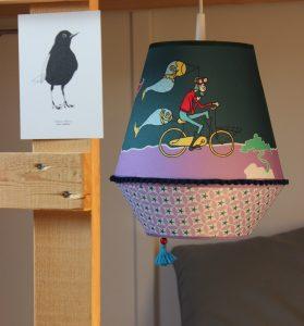 lamp, lamp kopen, hanglamp kopen, hanglamp kinderkamer, petrol, rood, okika