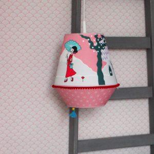 hanglamp kopen, lamp kopen, lamp, hanglamp, meisje, roze, kinderkamer, okika
