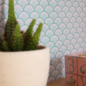behang groen roze japans patroon