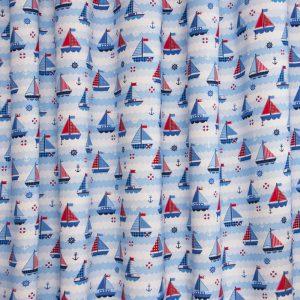 babykamer, blauw, maritiem, bootjes, boten, golven, wit, jongen, jongenskamer, kinderstof, kindergordijnen, gordijnen, stoffen, okika, gordijnstof voor gordijnen, gordijn, kinderkamer, raamdecoratie, kamerhoog, verduisterend
