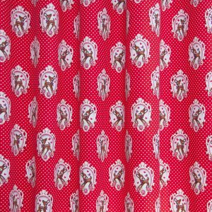 rood, rode stof, bambi, hert, meisjeskamer, meisje, kinderstof, kindergordijnen, gordijnen, stoffen, okika, gordijnstof voor gordijnen, gordijn, kinderkamer, raamdecoratie, kamerhoog, verduisterend