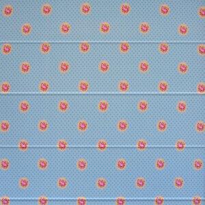 vouwgordijn-roosjes-blauw-bet-1712-okika
